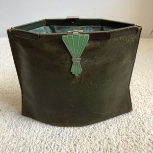 Vintage Green Leather Expandable Clutch